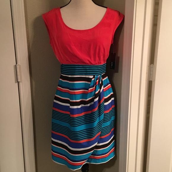 47480b134c NWT Alyx summer wrap Dress In Size 4